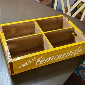 Like-new decorative sectioned wooden tray